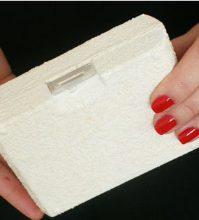 DIY: Kosmetyczka z pudełka