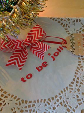 Pakowanie świątecznych prezentów DIY – 10 pomysłów i przydatne rady