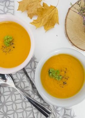 Zupa dyniowa – przepis na jesienny obiad