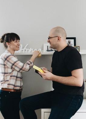 Dlaczego mój mąż sprząta?! Podział obowiązków w związku