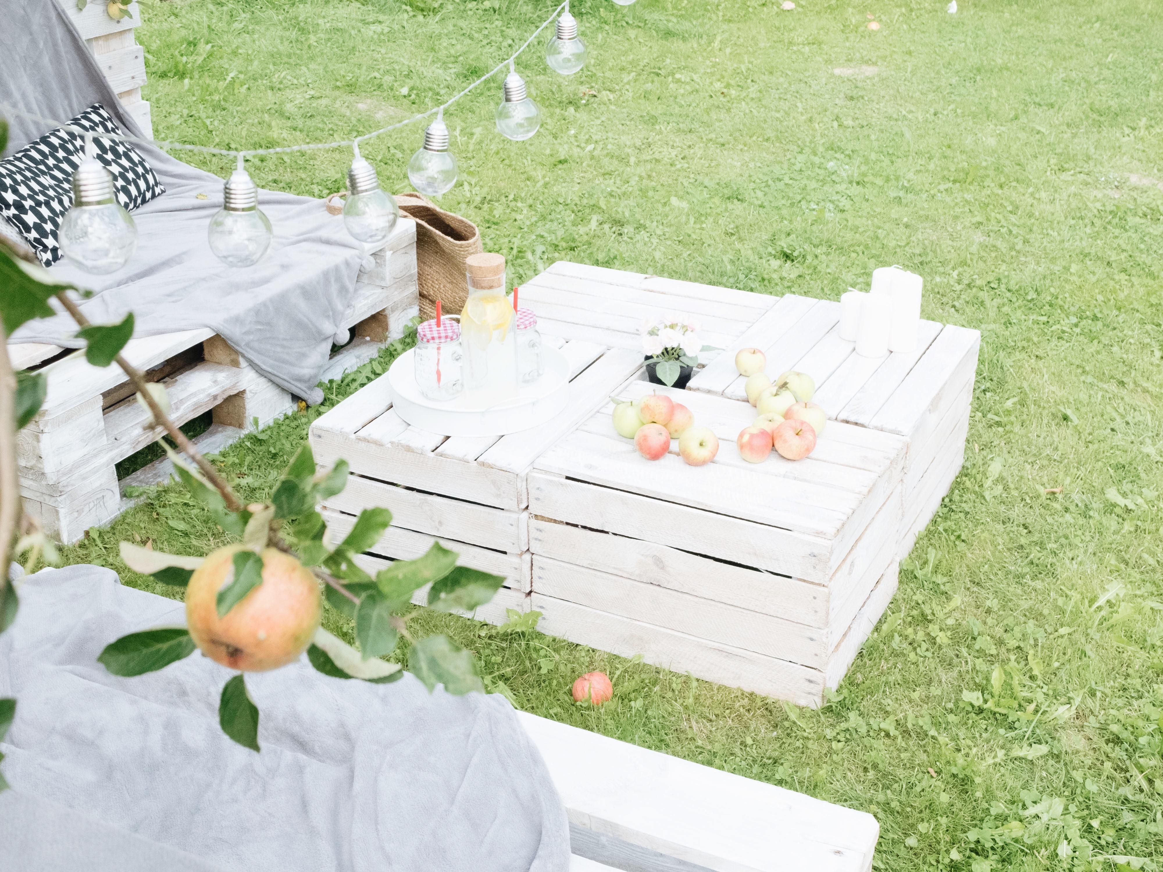 Rewelacyjny Meble ogrodowe z palet - jak zrobić? Instrukcja krok po kroku TP86